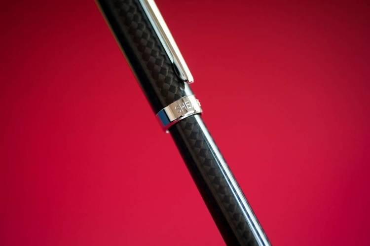 9234 PN Pióro wieczne Sheaffer Intensity, włókno węglowe, wykończenia chromowane