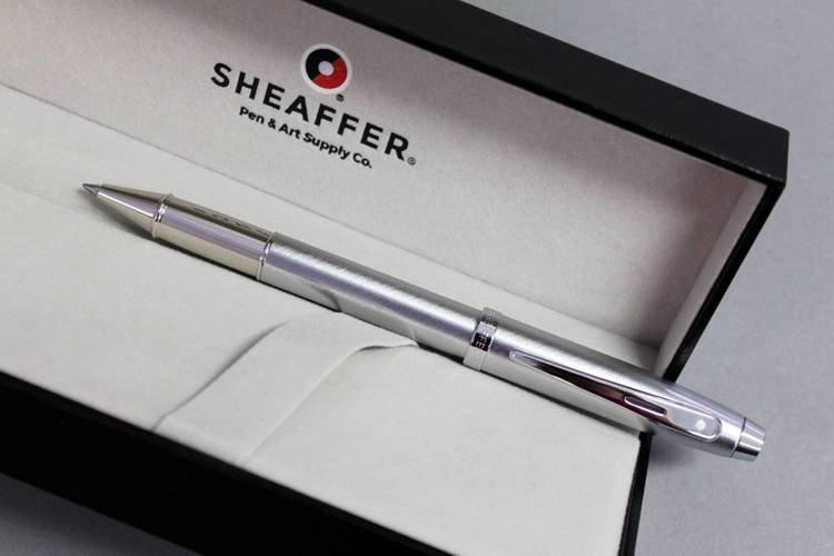 9306 RB Pióro kulkowe Sheaffer kolekcja 100, chrom, wykończenia chromowane